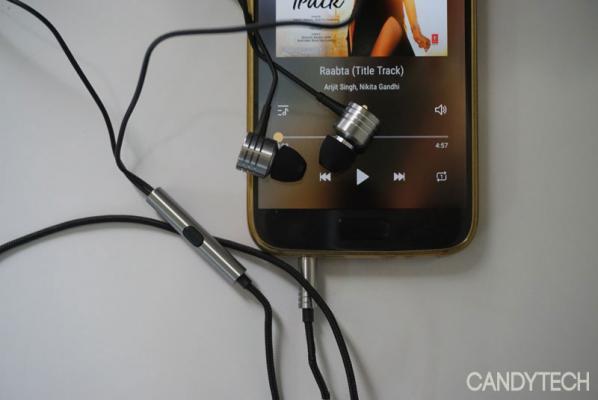 1 More piston classic earphones (2)