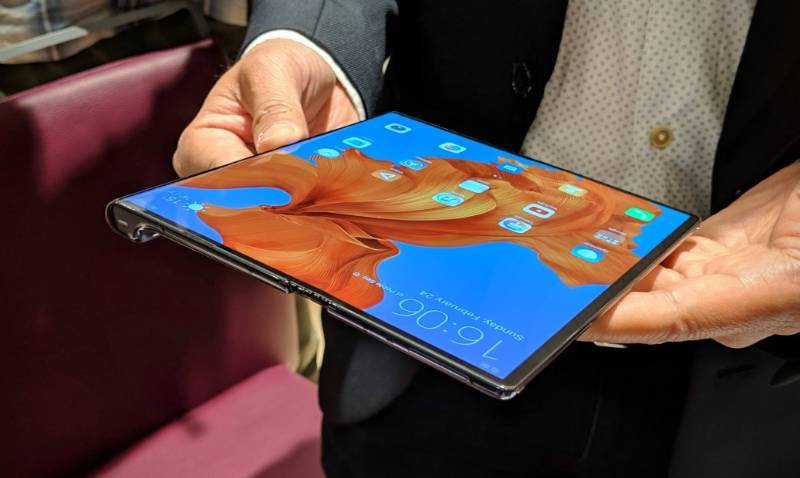 Huawei Mate X image