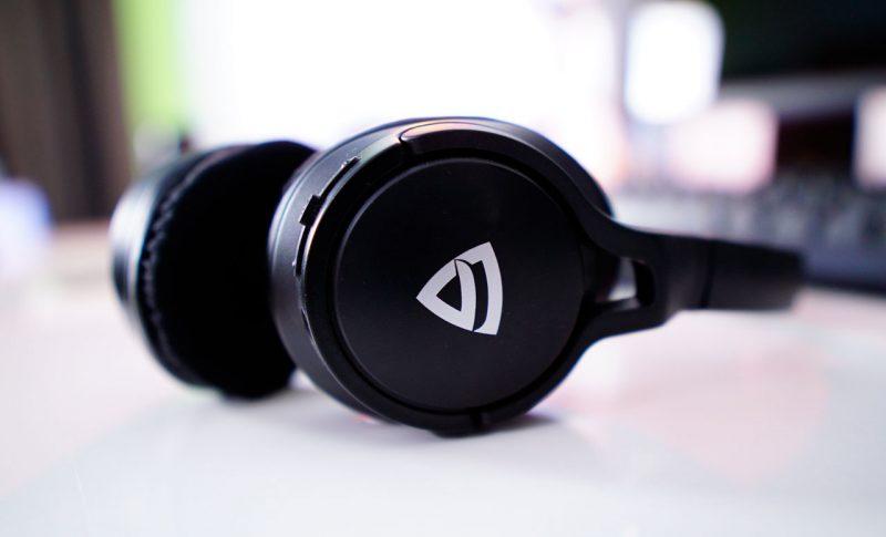 Raegr-Wireless-Headphones-CT